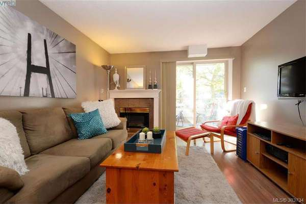 SOLD - $315,000 - 100-3663 Glasgow Ave.